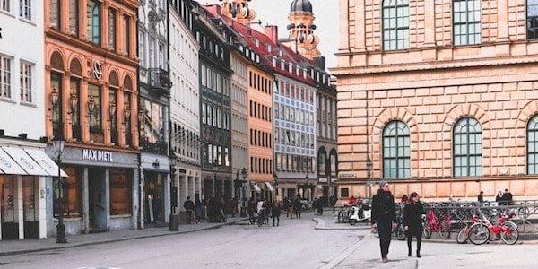 9 Fragen an den Reproduktionsmediziner Prof. Dr. Dr. Würfel vom Kinderwunsch Centrum München